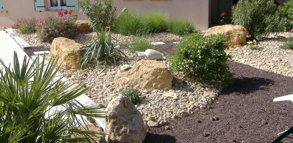 un jardin sans entretien ou presque jardinier conseil